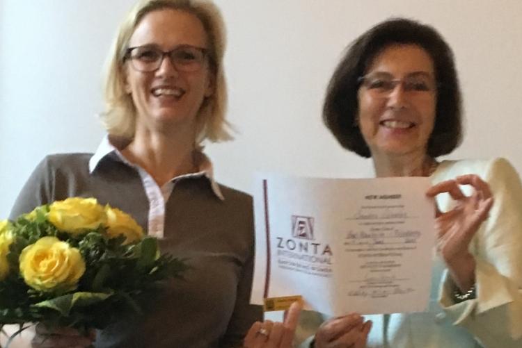 ZONTIAN seid 2019:         Sandra Scheibe