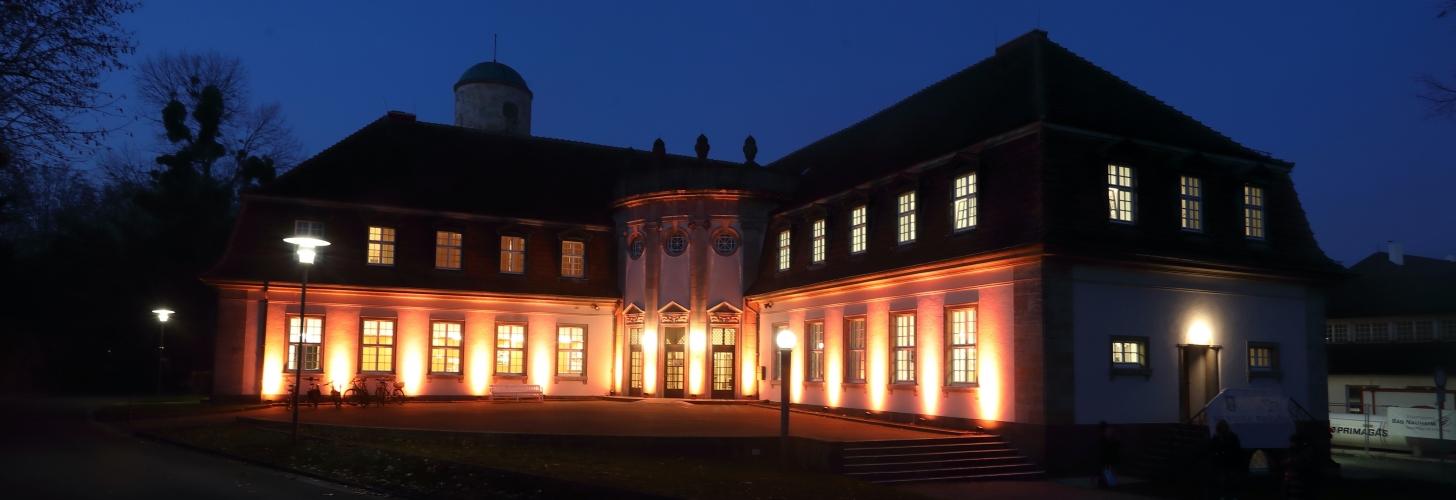 Die Musikschule war auch dieses Jahr wieder wunderbar Orange beleuchtet - Danke!