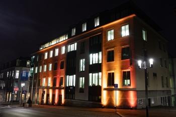 Das Rathaus Bad Nauheim sagt Nein! zu Gewalt an Frauen und Mädchen